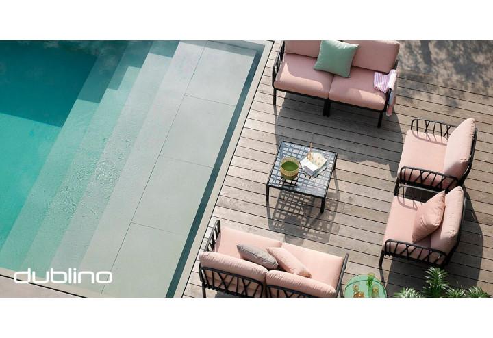Romantikus, mediterrán ihletésű lounge bútorok kerthelyiségében